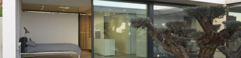 lH 120 slimline_minimal frame window by lumenHAUS